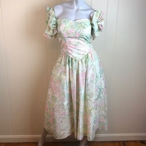 Vintage 80s/90s Pastel Puffy Tea Length Prom Gown